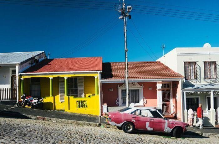Барвисті будинку на півдні Африки, де живуть спадкоємці рабів