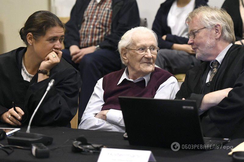 """""""Бухгалтер Освенцима"""" засуджений до 4 років в'язниці. Фоторепортаж із зали суду"""