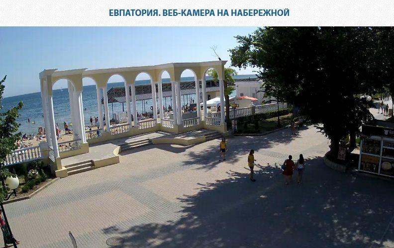 """""""Переполненные"""" пляжи Крыма"""
