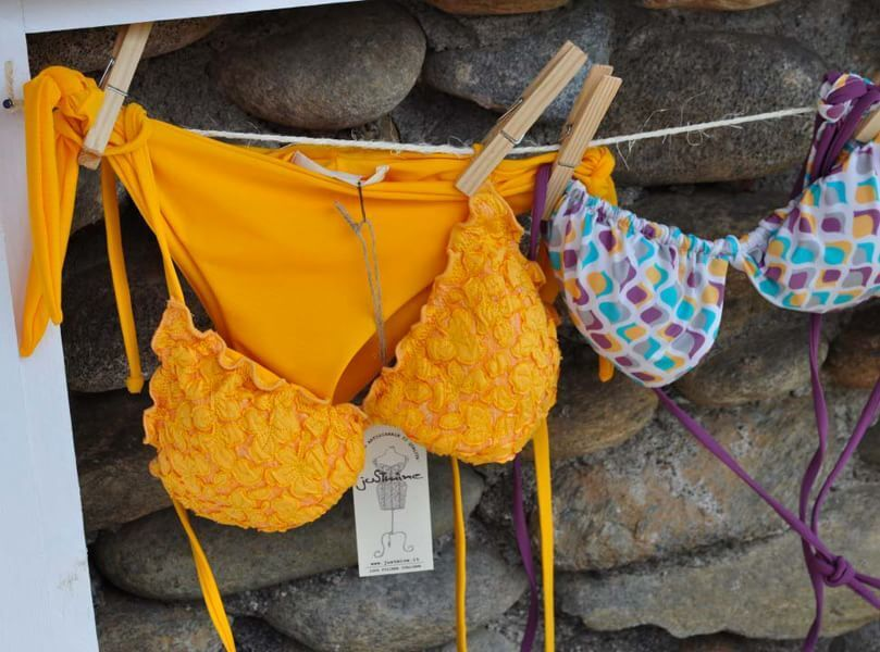 Дві ентузіастки з Італії створили блискучу колекцію купальників: фотофакт