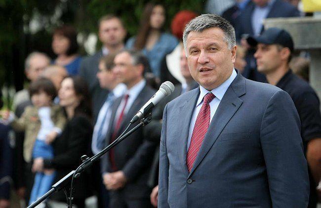 Полицейская академия: в Киеве состоялся первый выпуск патрульной службы