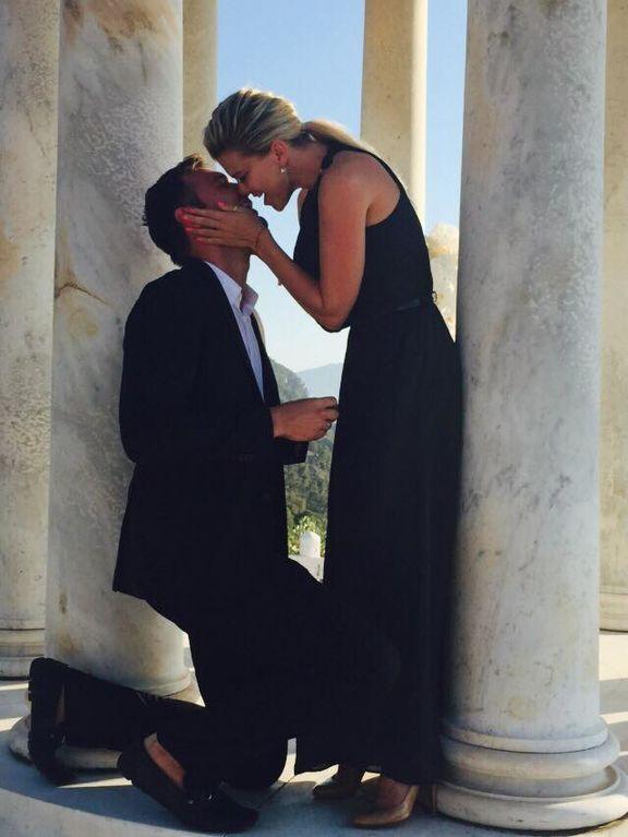 Ириша Блохина получила от мужа обручальное кольцо на Майорке: опубликованы фото