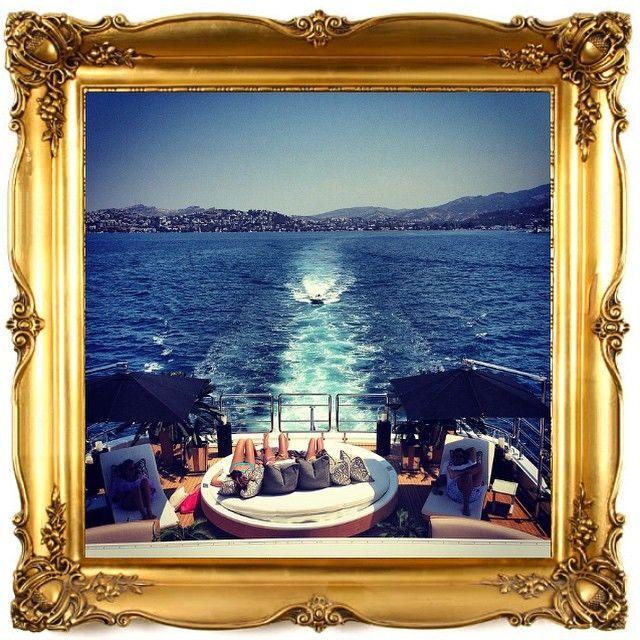 Как проводят лето богатенькие детки: фоторепортаж из Instagram