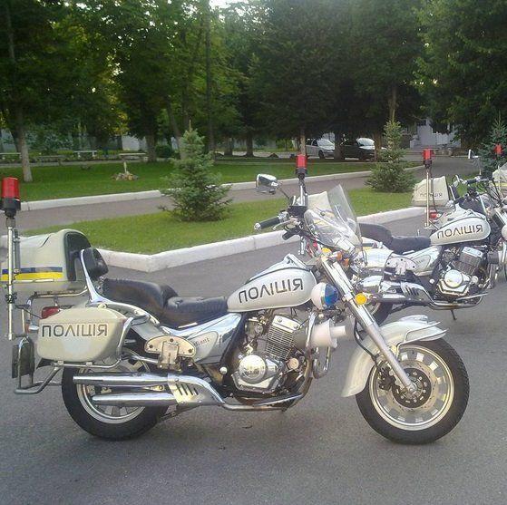 Закон на двух колесах: киевская полиция показала свои мотоциклы