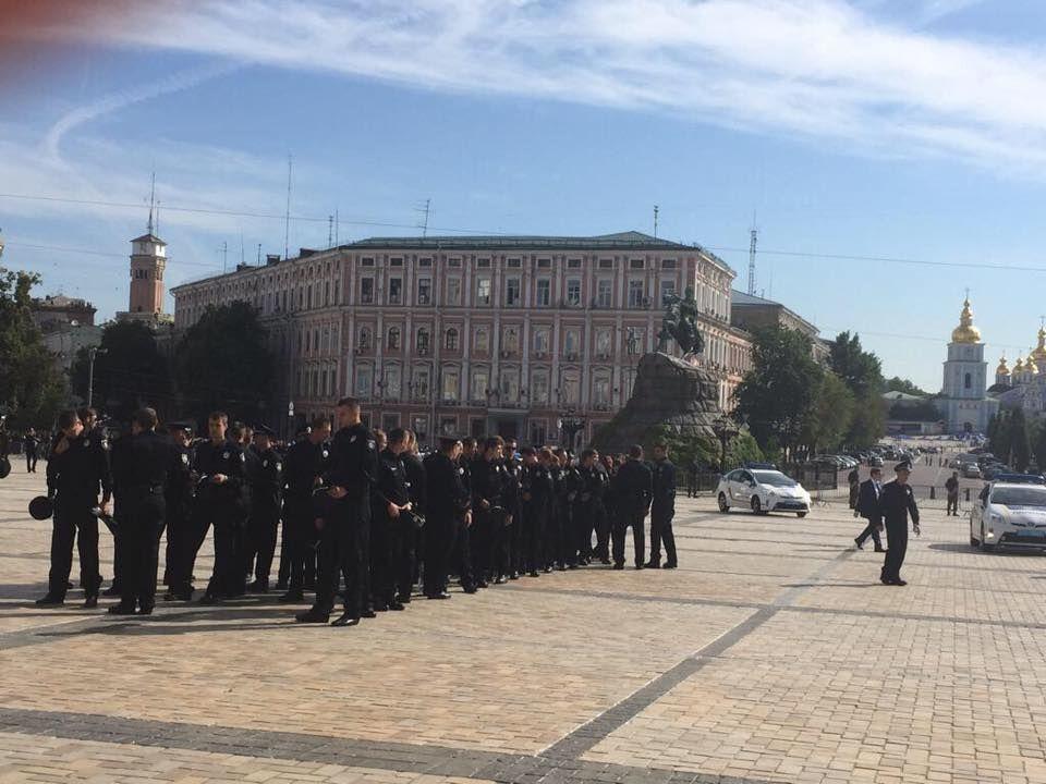 В Киеве приняли присягу новые полицейские: фото и видео
