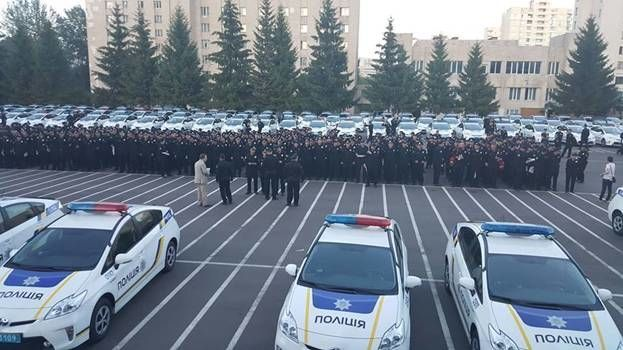 """Ночной дозор: в МВД похвастались удачной """"охотой"""" новых патрульных"""