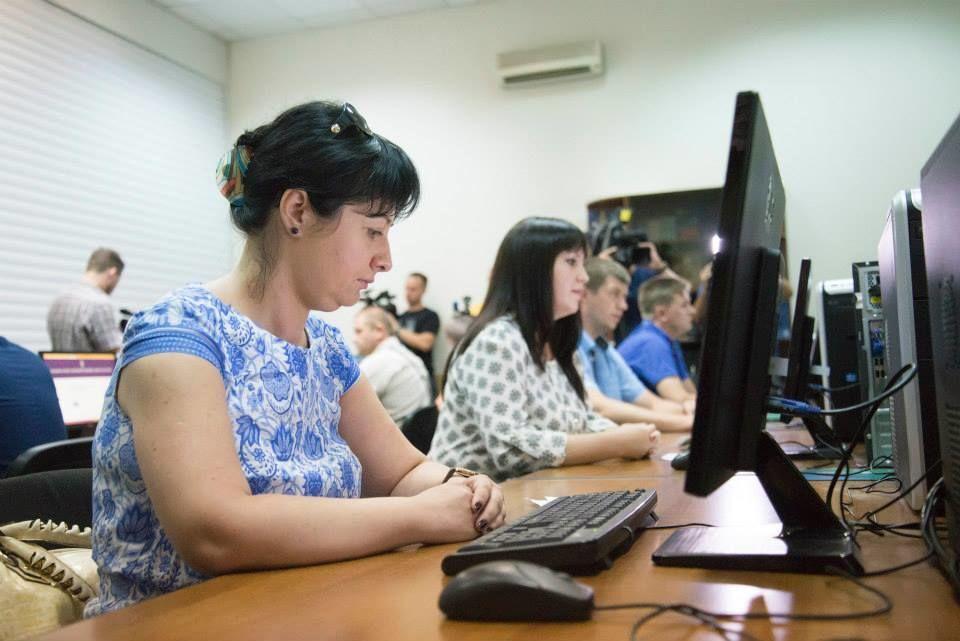 Антикоррупционное бюро ищет более 200 детективов на зарплату в 30 тыс. грн