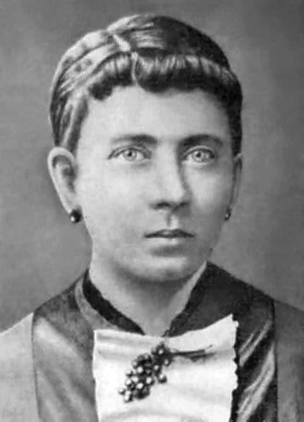 """День рождения Клары Гитлер: интересные факты о женщине, которая воспитала """"монстра"""""""