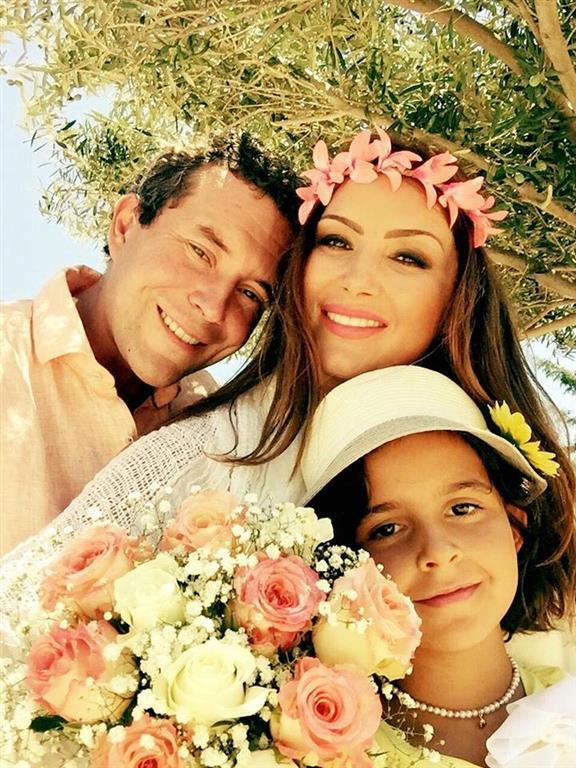 Певица Галлина вышла замуж на Кипре: опубликованы фото свадьбы