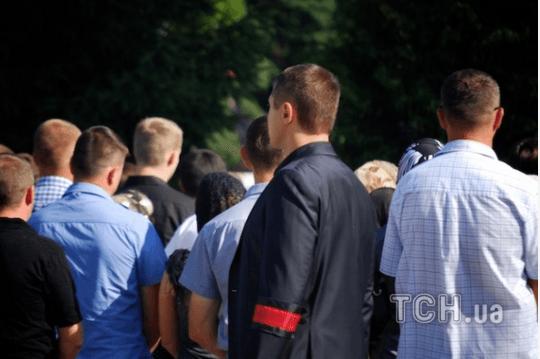 В Луцке попрощались с Еремеевым: его тело повезли в родное село