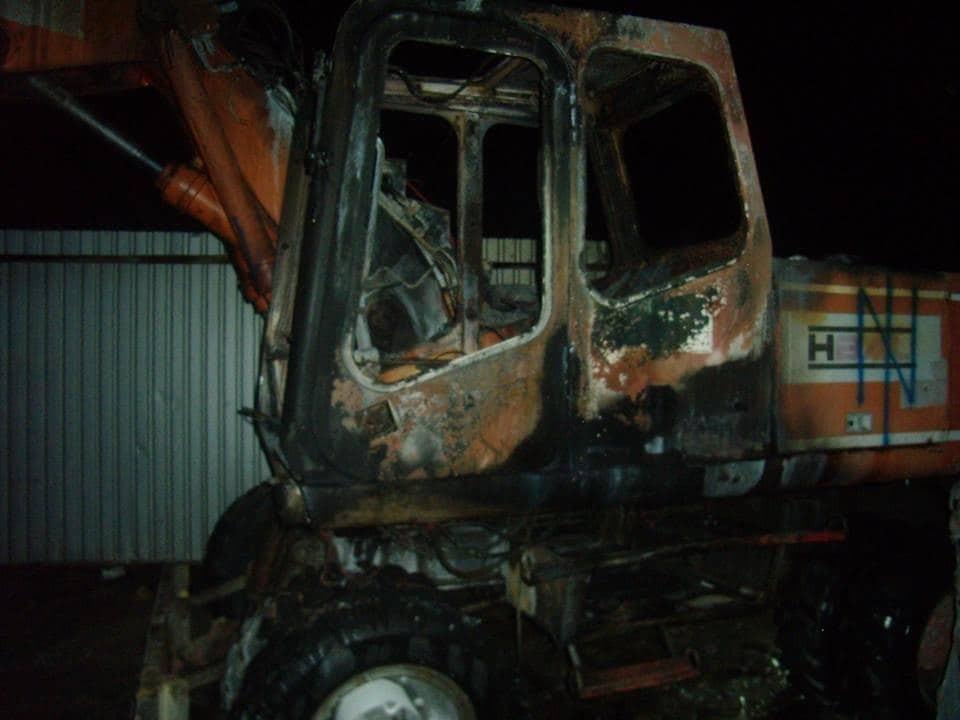 В Киеве неизвестные устроили пожар на стройке