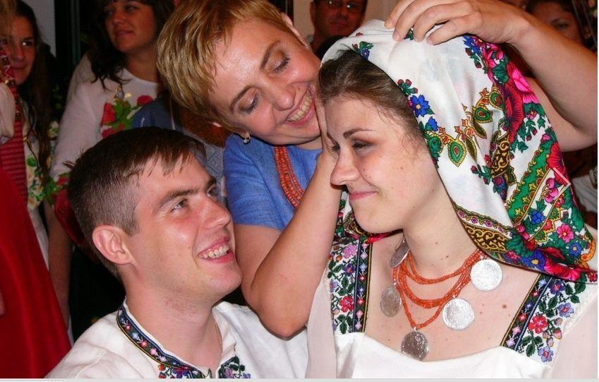 Опубликованы фото со свадьбы дочери Тягнибока