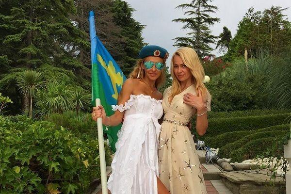После свадьбы Татьяна Навка похвасталась фигурой в бикини: фотофакт