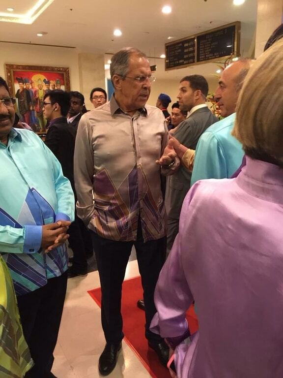 """""""Серожа"""". В Малайзии ярко потроллили Лаврова: опубликованы фото"""