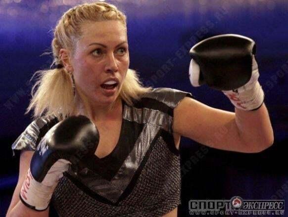 СМИ назвали имя новой любовницы Путина: фото сексуальной боксерши