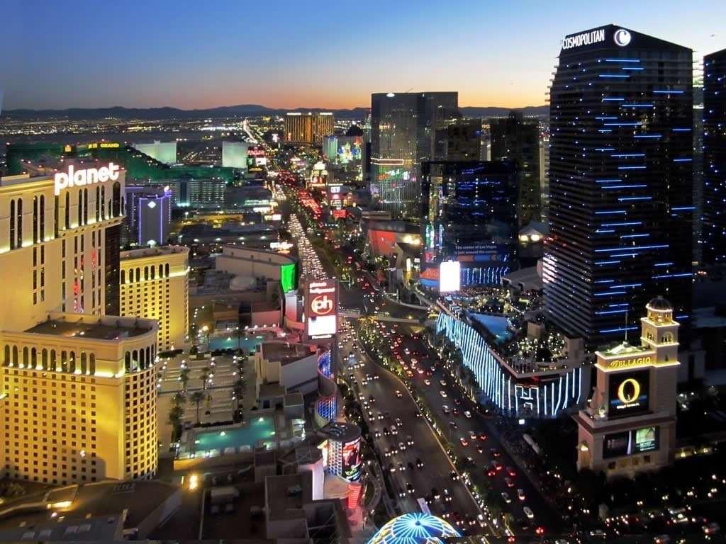 Топ-12 самых популярных туристических мест на Земле