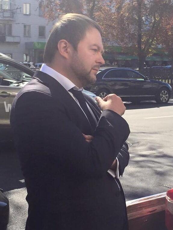 Глава Госслужбы занятости попался на взятке в 600 тысяч гривен