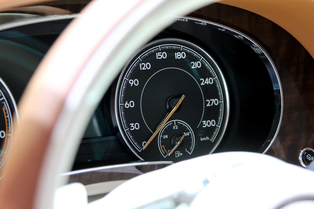 Франкфуртський автосалон: Bentley розпродав кращий позашляховик світу