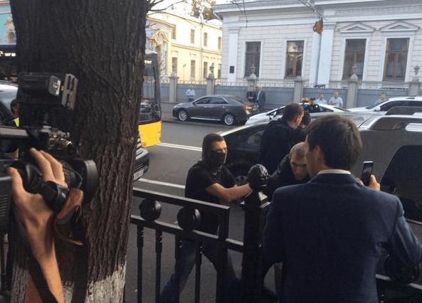 Спецназ задержал Мосийчука прямо в Раде: все подробности, фото, видео