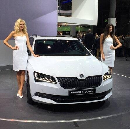 Дівчата Франкфуртського автосалону 2015: день другий
