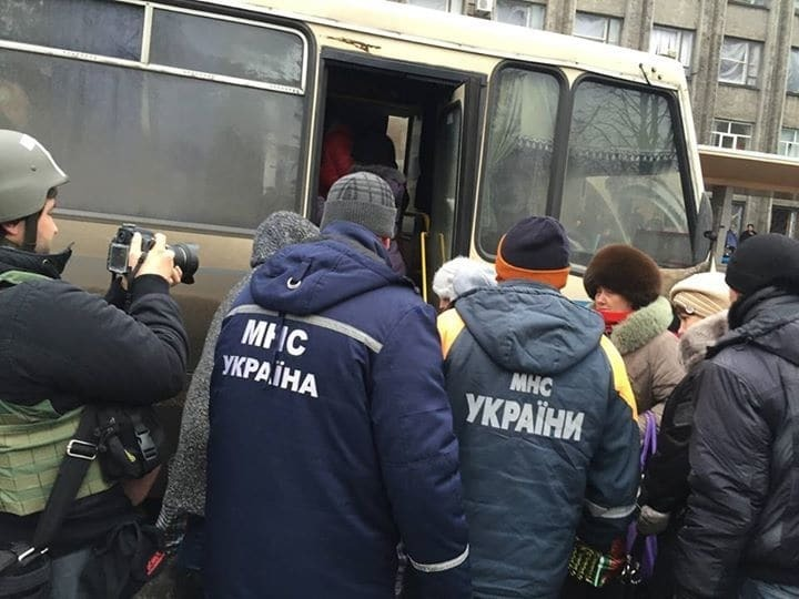 На краю життя і смерті: ТОП-10 історій і фото про українських рятувальників