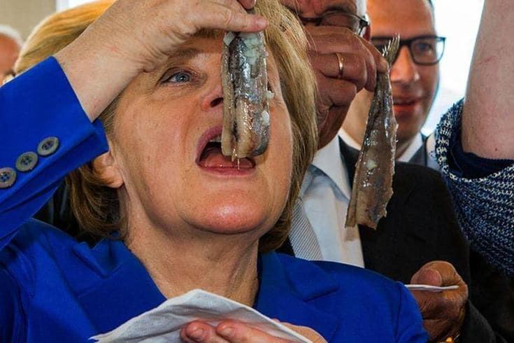 Что любят покушать мировые лидеры: Меркель селедку, а Путин мороженое