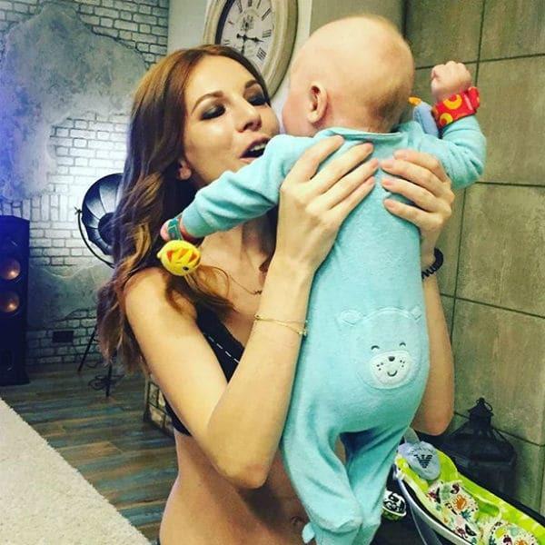 Наталья Подольская поразила внешним видом на первом выступлении после родов