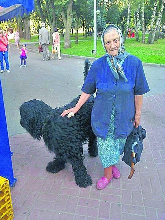 Как киевляне помогают одиноким старикам: трогательные истории