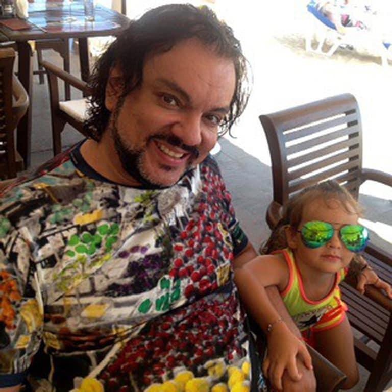 Филипп Киркоров поделился трогательными снимками с детьми
