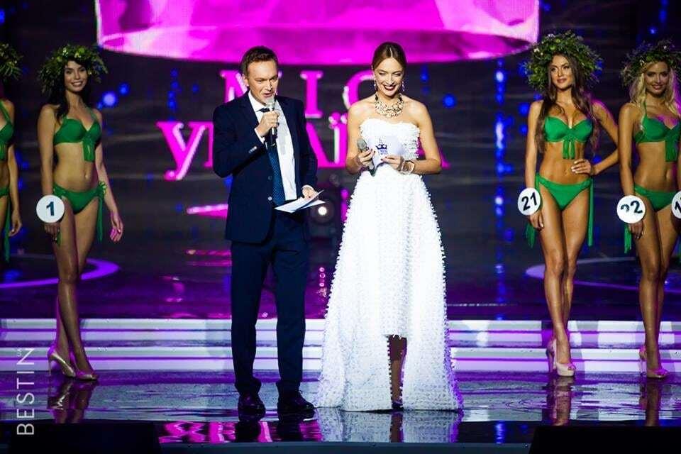"""Звезды выгуляли на """"Мисс Украина"""" модные наряды: знойная Эрика Герцег и сексуальная Винницкая"""