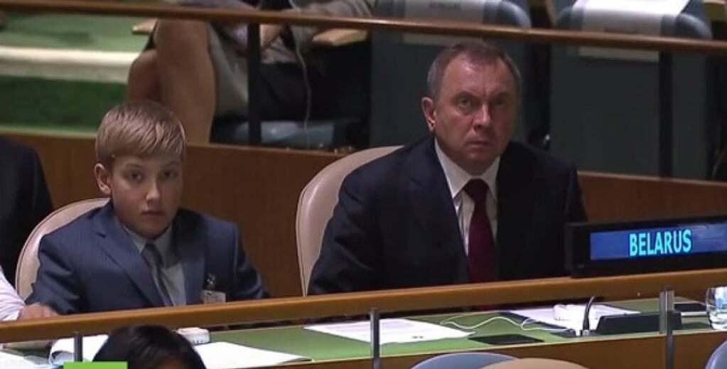 Лукашенко привел на Генассамблею ООН своего малолетнего сына
