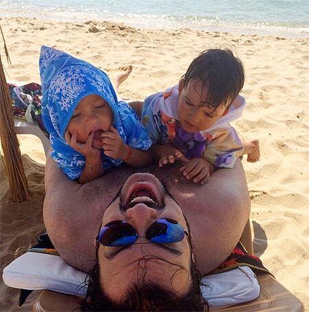 Фото филиппа киркорова на пляже