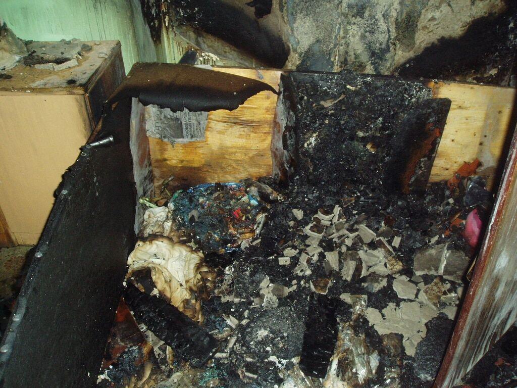 Під Києвом вночі горів пологовий будинок: евакуювали 11 немовлят