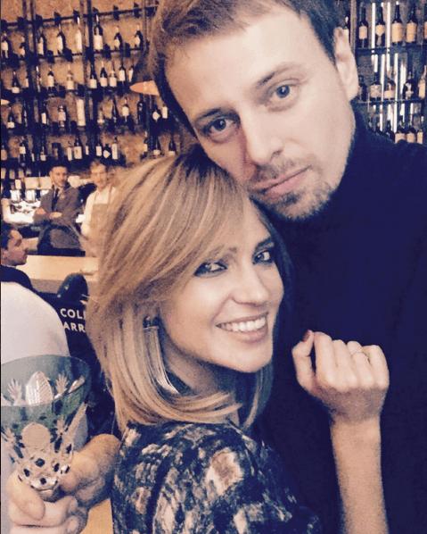 Преображенная Высоцкая и Глюкоза развлеклись в московском баре