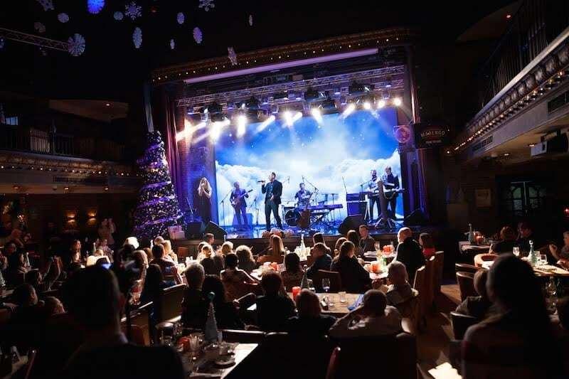 """Победитель """"Голосу Країни"""" поразил зрителей исполнением колядок на восьми языках"""