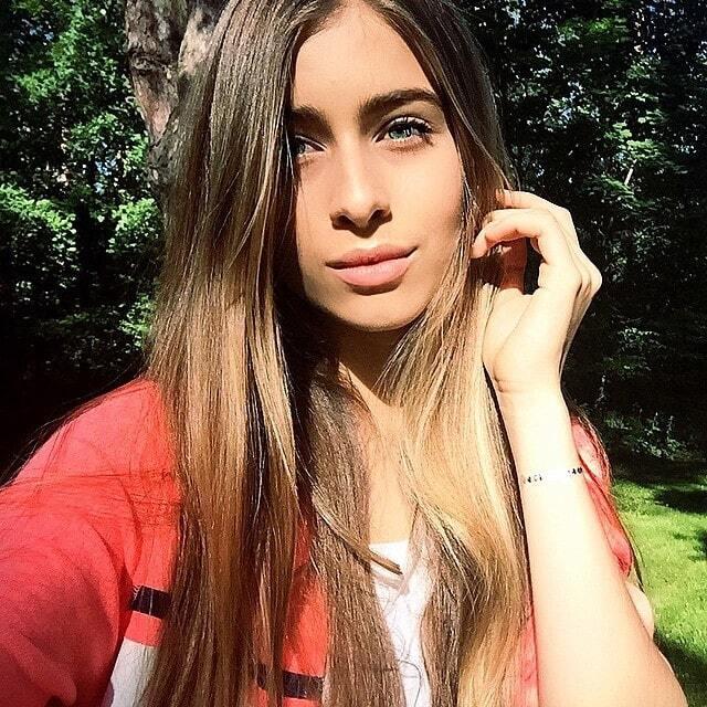 Внук Ротару устроил фотосессию для 14-летней сестры