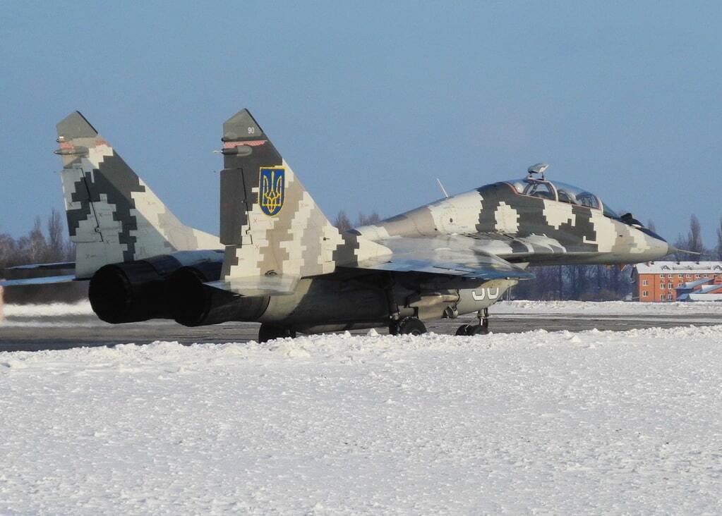 Хозяева неба: украинские боевые самолеты показали высший пилотаж