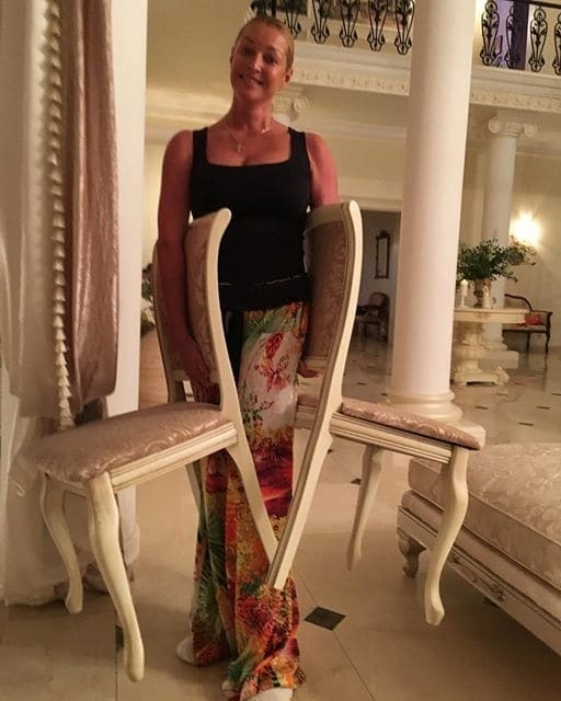 Волочкова устроила ужин при свечах с любовником: опубликованы фото