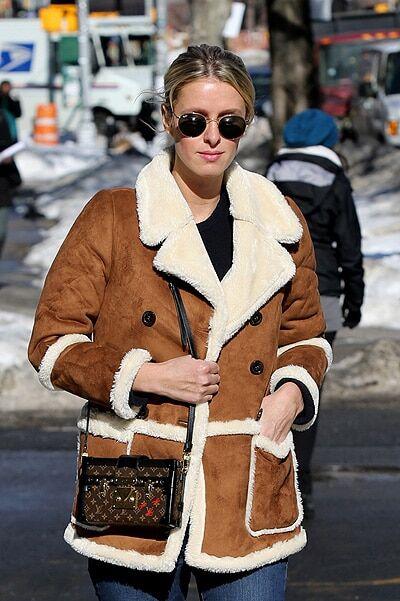 Беременную Ники Хилтон засняли в Нью-Йорке с тяжелой сумкой: опубликованы фото