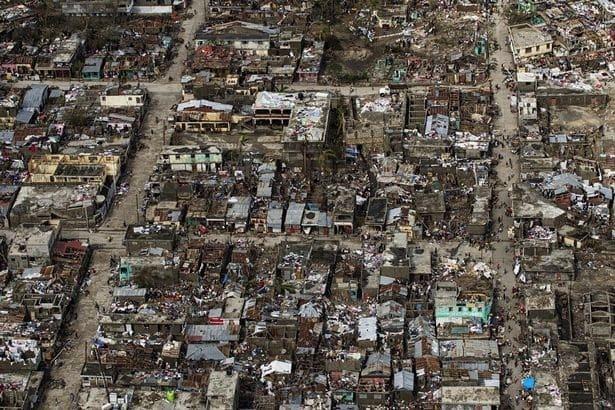 """Ураган десятиліття """"Метью"""" забрав життя понад тисячі людей"""