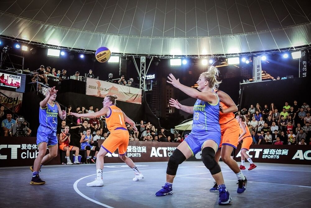 Украина одержала первую победу на чемпионате мира по баскетболу 3х3
