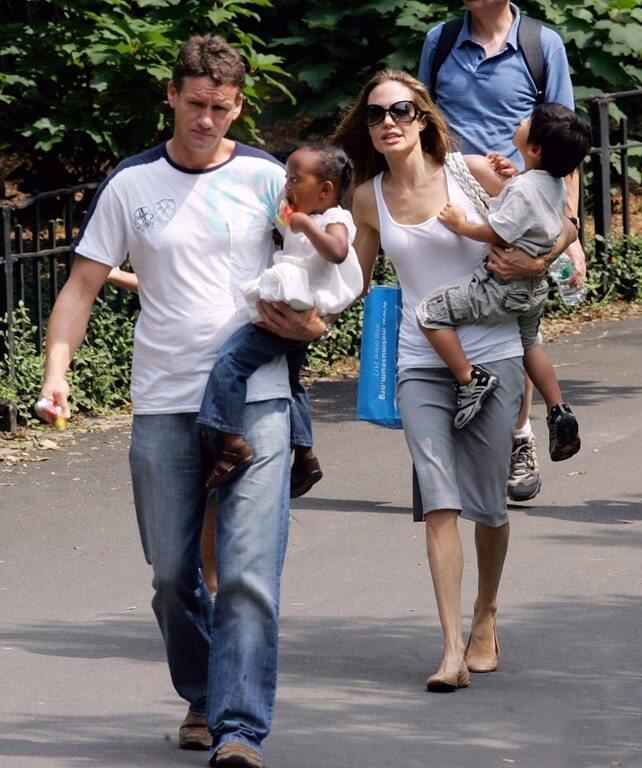 """""""Дітям Пітта і Джолі я був замість батька"""": охоронець розповів про те, чого найбільше боялася зоряна пара"""