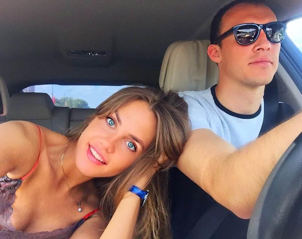 Подруга российского вратаря вызвала жалость в соцсетях своей внешностью