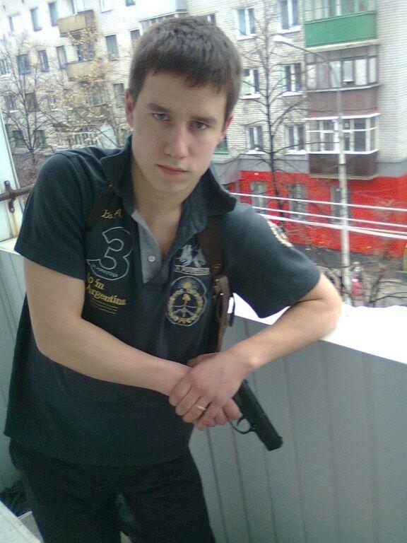 """""""Достойная замена"""": в сети показали бурную юность преемника Моторолы"""