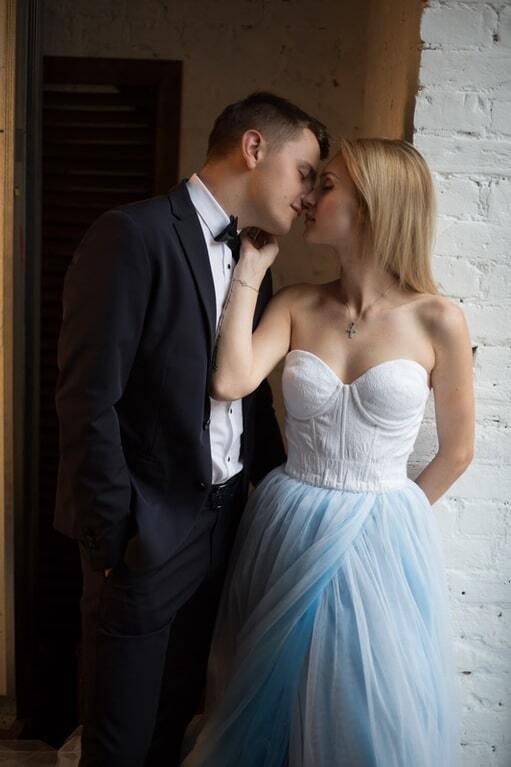 """Звезда """"Х-Фактора"""" вышла замуж за 22-летнего рейсера"""