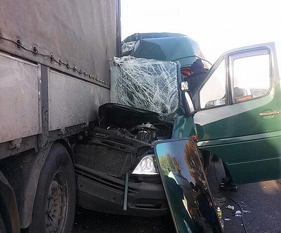 Масштабное ДТП в Днепре: пострадали более 10 человек