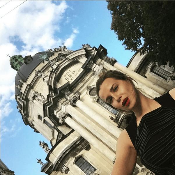 В сети восхитились откровенными фото жены экс-футболиста сборной Украины