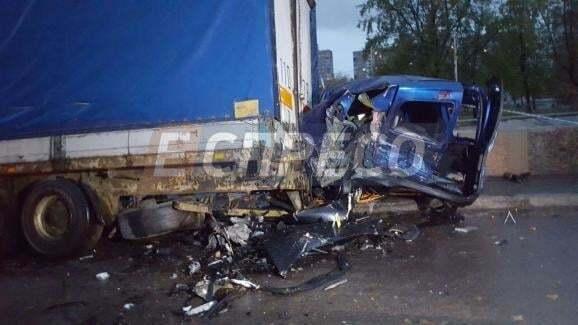 Смертельное ДТП в Киеве: водитель Porsche сбежал с места аварии