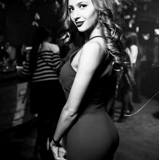 Самая сексуальная девушка-арбитр России покорила блогеров своей красотой