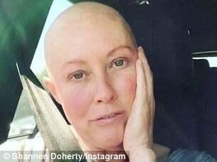 """""""Движение помогает"""": Шэннен Доэрти отправилась в спортзал после сеанса химиотерапии"""
